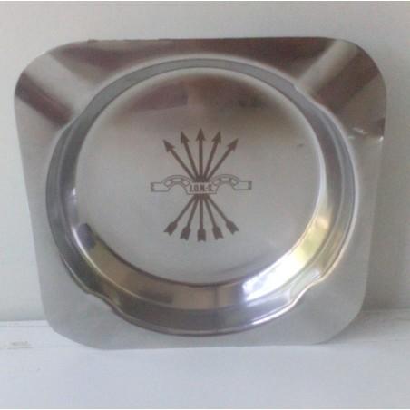 Cenicero de aluminio con el Yugo